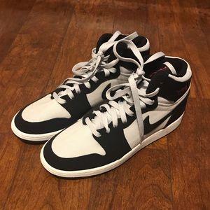 Air Jordan Mid 1s